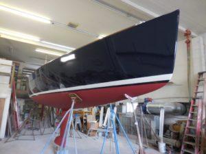 Sailboat gelcoat application in the shop - JDOC Marine LLC